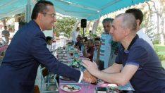 Bornova'da esnaf buluşmaları devam ediyor
