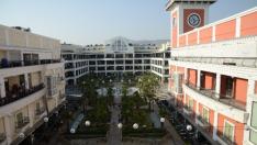 Mimarisiyle Eski İzmir'i Yaşatıyor